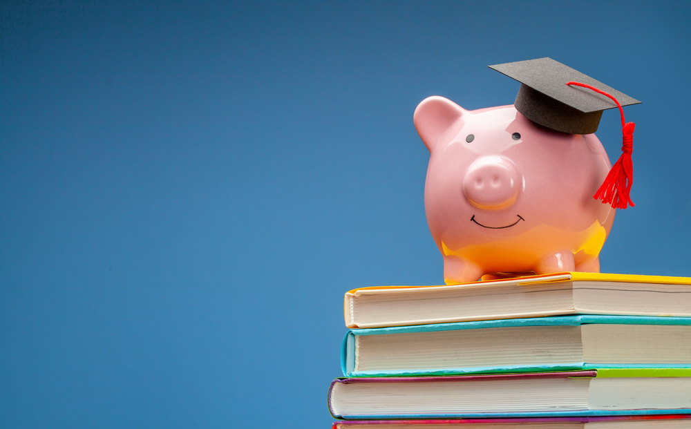 5 Tips for Cutting Textbook Spending in Half
